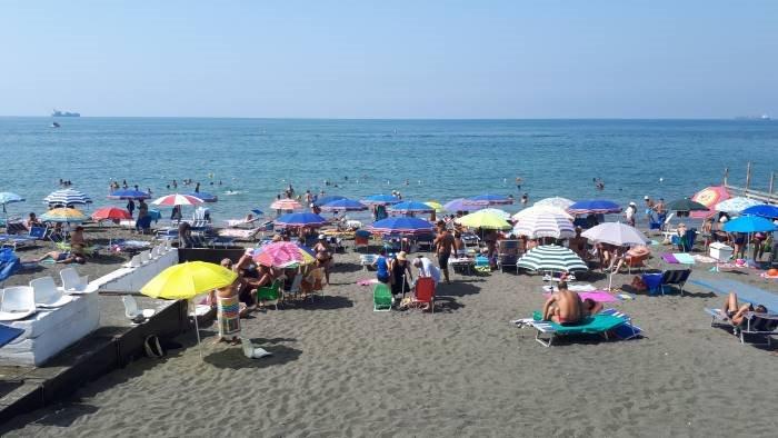 trovare posto in spiaggia difficile solo 33 e libero