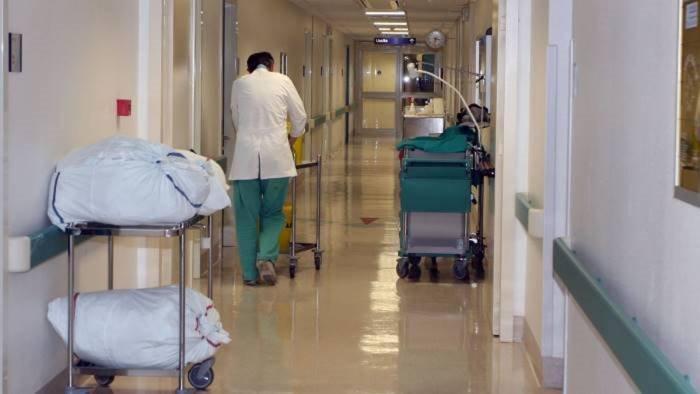 salerno operatori sanitari di serie a e di serie b