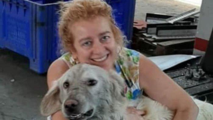 sfama e salva cani randagi sindaco denuncia mamma anna