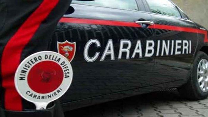 pompei tentano rapina vestiti da carabinieri arrestati