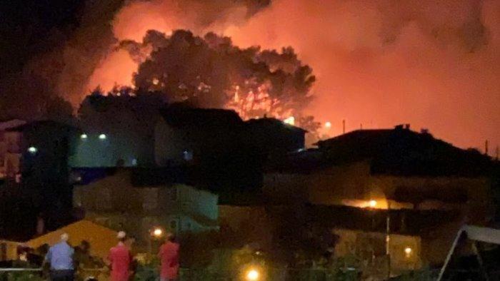 valle del cervaro martoriata dagli incendi paura a greci e montaguto