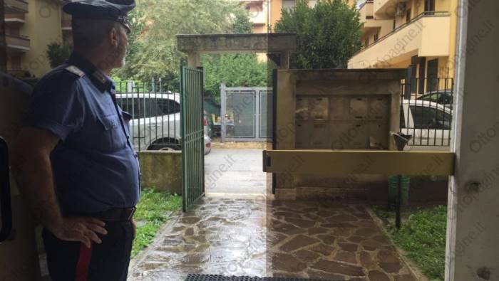 Omicidio a Montesarchio: padre ammazza a coltellate il figlio disabile