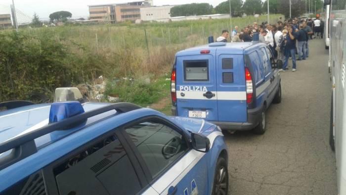 A Roma corteo contro commissariamento di Bagnoli. De Magistris tra i manifestanti