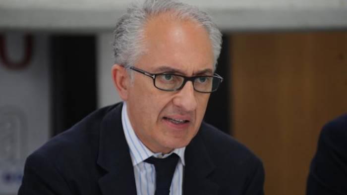 G7: ministro Padoan annuncia sede Bari per vertice finanziario 2017