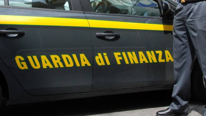 Frode intracomunitaria all'Iva: sequestro di 11 mln e 35 indagati