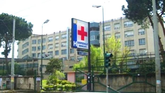 Aversa (CE) - Assenteismo, tre dipendenti ospedale sospesi