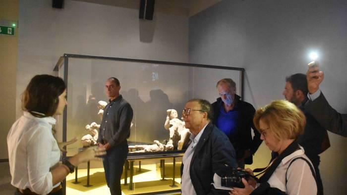 pompei inaugurata la mostra dei tesori sotto i lapilli