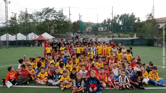 scuola calcio che entusiasmo con d alessandro e ciciretti