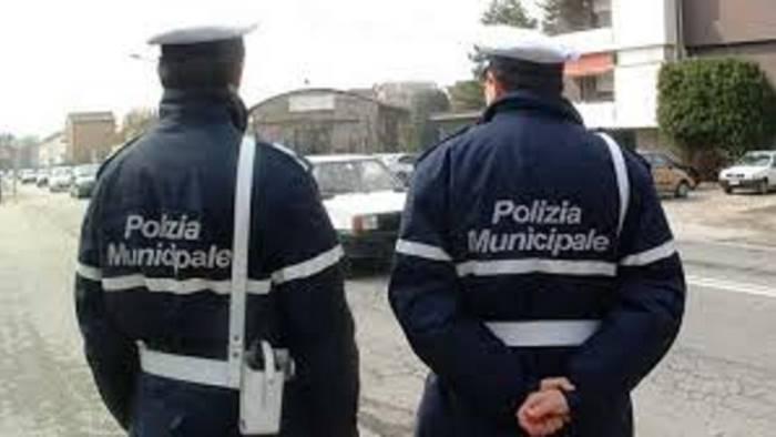 criminalita sul lungomare i vigili chiedono azione interforze