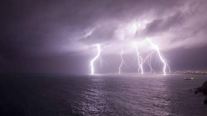 campania allerta temporali anche oggi ecco dove