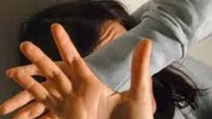 ragazze molestate dai migranti de luca inammissibile