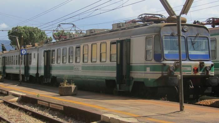rete ferroviaria italiana pronta a rilevare la valle caudina