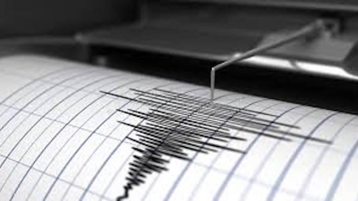 terremoto in campania lieve scossa prima il boato