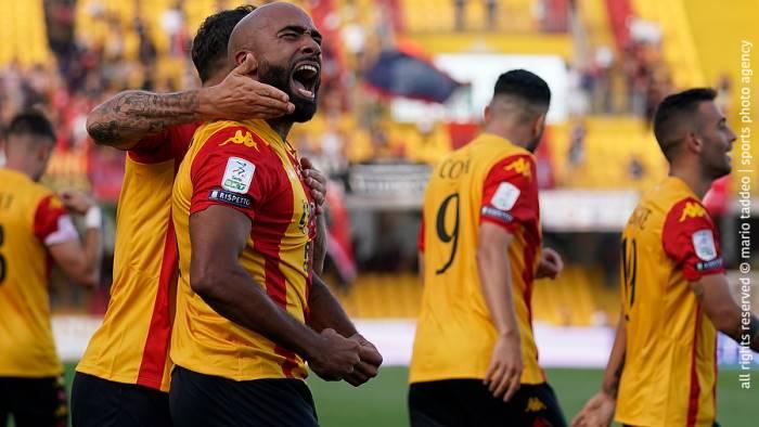Benevento, Cosenza battuto nel recupero. La Strega è prima
