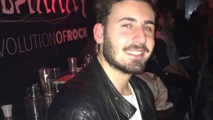 gianluca muore a 28 anni ora si prega per le sue amiche