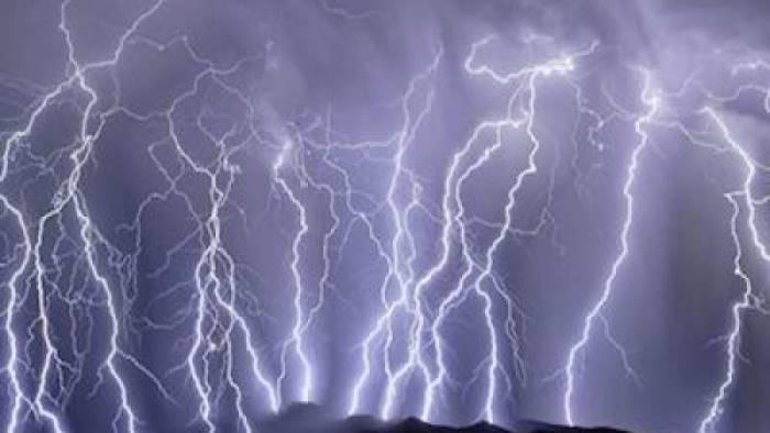 Meteo, allerta arancione in Sicilia e provincia di Trapani. Pioggia e temporali