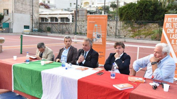 """Tennis, """"Sotto la sedia"""": Peppino Di Stefano racconta - Ottopagine.it Napoli"""