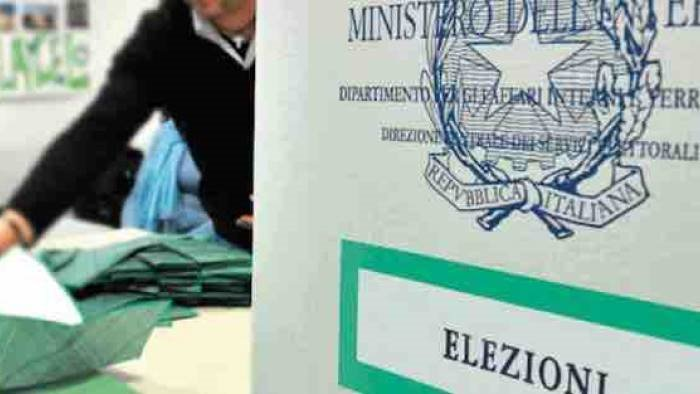 elezioni 2020 chiusi i seggi l affluenza nel salernitano