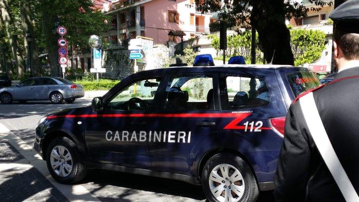roncola e ascia in auto 40enne di monteforte denunciato
