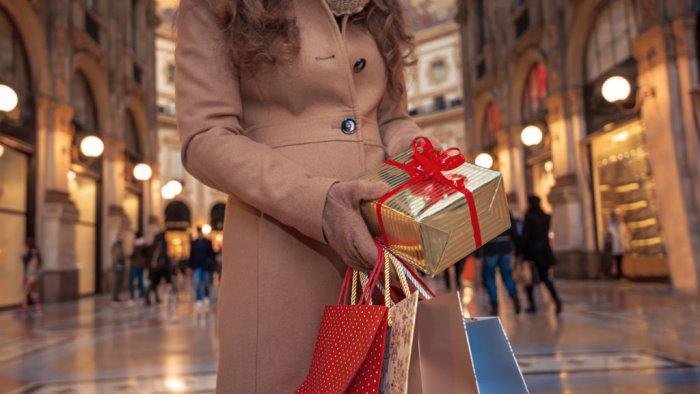 perche acquistare i regali di natale con grande anticipo