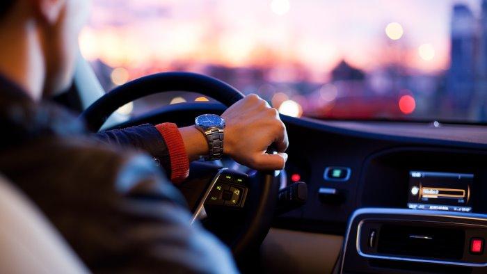 cos e il noleggio auto a lungo termine e i consigli per non fare errori