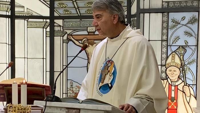 whirlpool l appello del vescovo battaglia sospendere i licenziamenti
