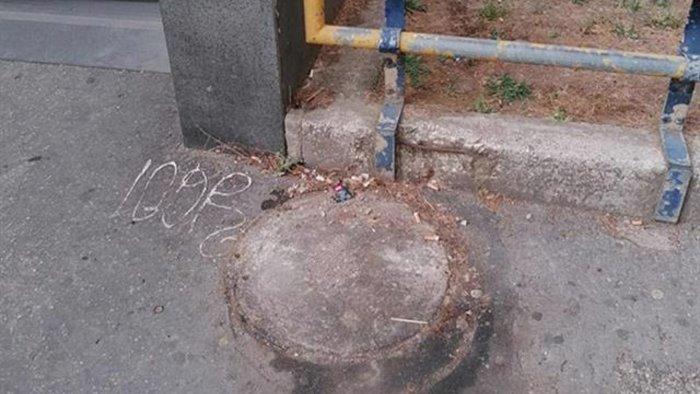 rubano anche i cestini pubblici dei rifiuti succede a piazza medaglie d oro