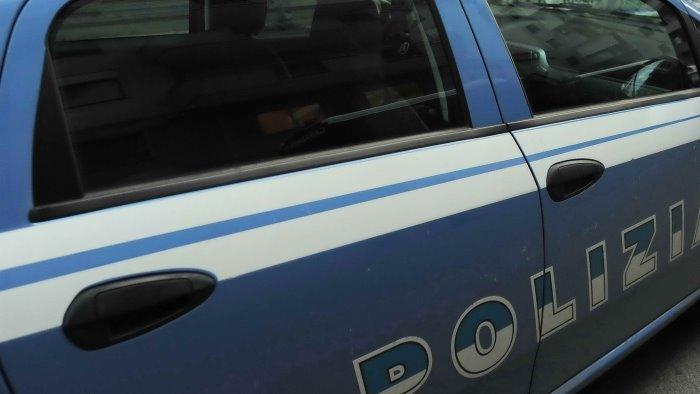 latitante fuggito all estero beccato dalla polizia nel vallo di diano
