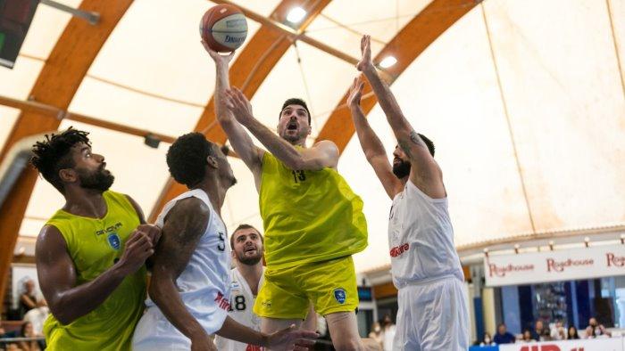 scafati basket vittoria nel test con l eurobasket 60 73